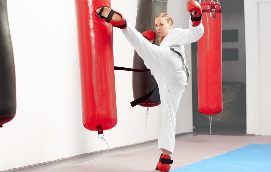 Mawashi Geri o Patada Circular en Karate