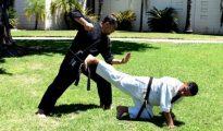 Patada Posterior desde el Suelo en Karate